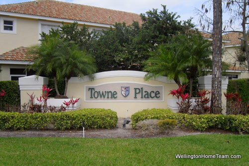 Towne Place Townhomes for Sale in Wellington Florida