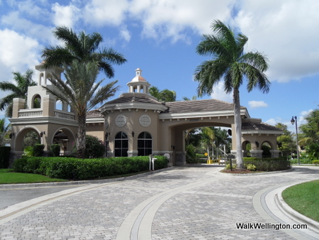 Versalles Wellington Florida - Guard Gate