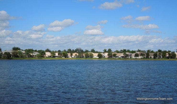 Wellingtons Edge Homes for Sale in Wellingoton Florida - Lakes