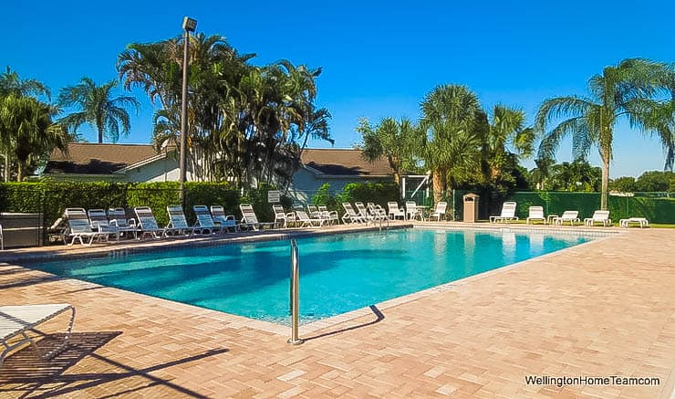 Meadowland Cove Homes for Sale in Wellington Florida - Community Pool