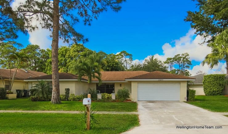 13471 Jonquil Place, Wellington, Florida 33414 - Sugar Pond Manor Pool Home for Sale