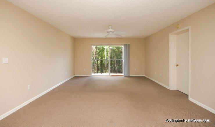 1000 Crestwood Ct 1015 Royal Palm Beach - Living Room