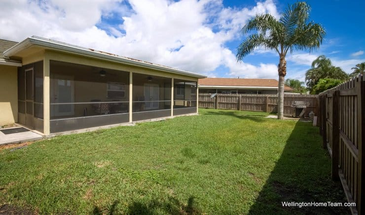 South Shore Home for Sale - 1432 Wyndcliff Drive, Wellington, Florida 33414 - Fenced Yard