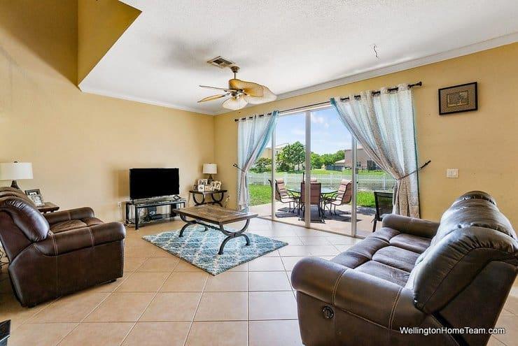 2735 Misty Oaks Circle Royal Palm Beach Florida 33411 Family Room