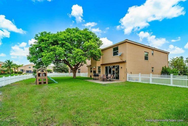 2735 Misty Oaks Circle Royal Palm Beach Florida 33411 Fenced Lot
