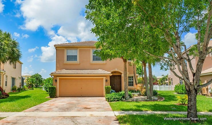 2735 Misty Oaks Circle Royal Palm Beach Florida 33411