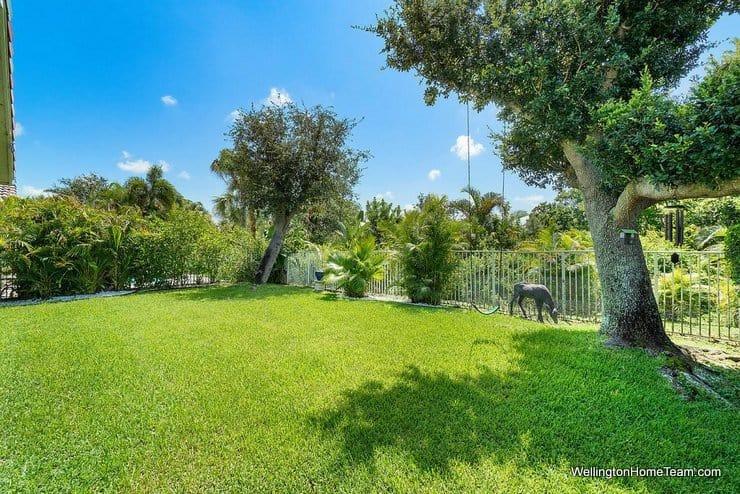 3726 Old Lighthouse Circle Wellington Florida 33414 MLS RX-10541635 Fenced Lot