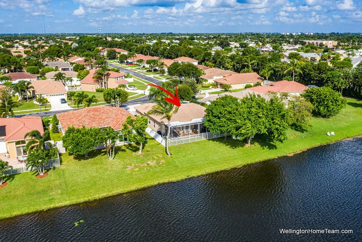 5986 Las Colinas Circle Lake Worth Florida 33463 - Winston Trails Waterfront Home Backyard