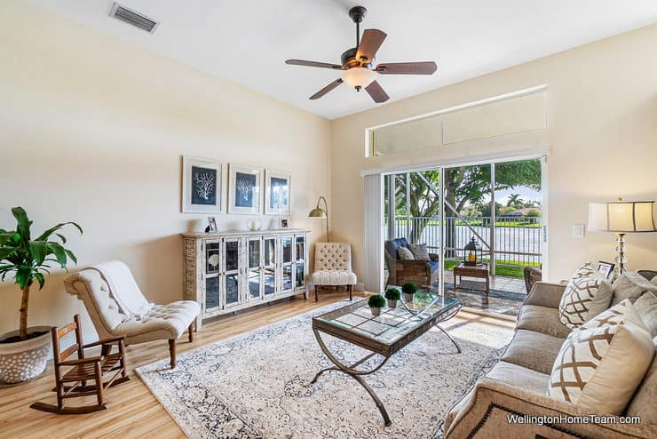 5986 Las Colinas Circle Lake Worth Florida 33463 - Winston Trails Waterfront Home Family Room