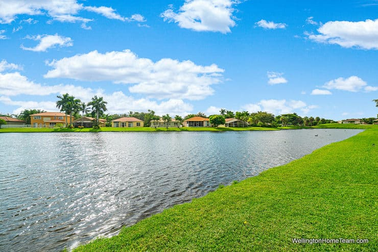 5986 Las Colinas Circle Lake Worth Florida 33463 - Winston Trails Waterfront Home View
