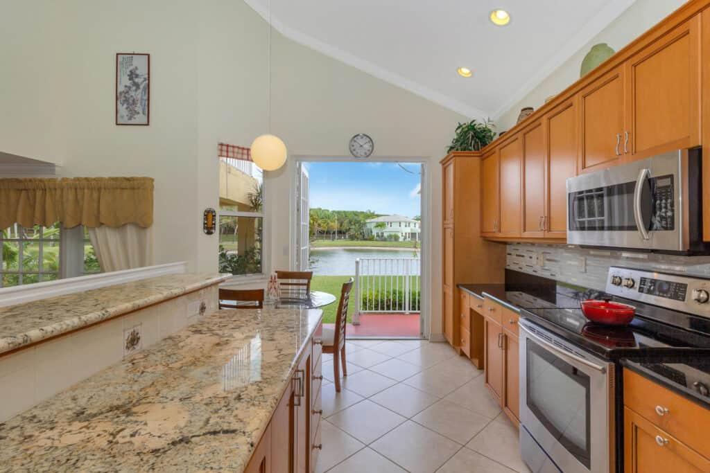 2150 Balsan Way Wellington Florida 33414 - Kitchen