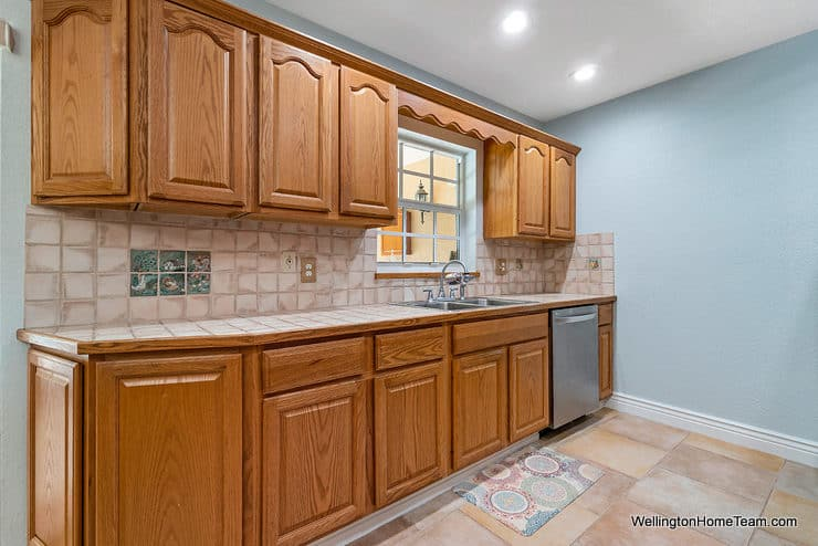 Eastwood Pool Home for Sale in Wellington Florida - 1251 Larch Way - Kitchen1