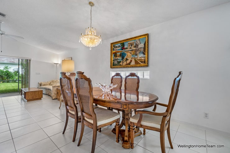 Grand Isles Home for Sale in Wellington Florida - 11477 Beacon Point Lane Dining